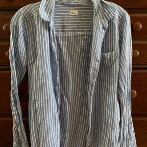 striped hollister button-up top